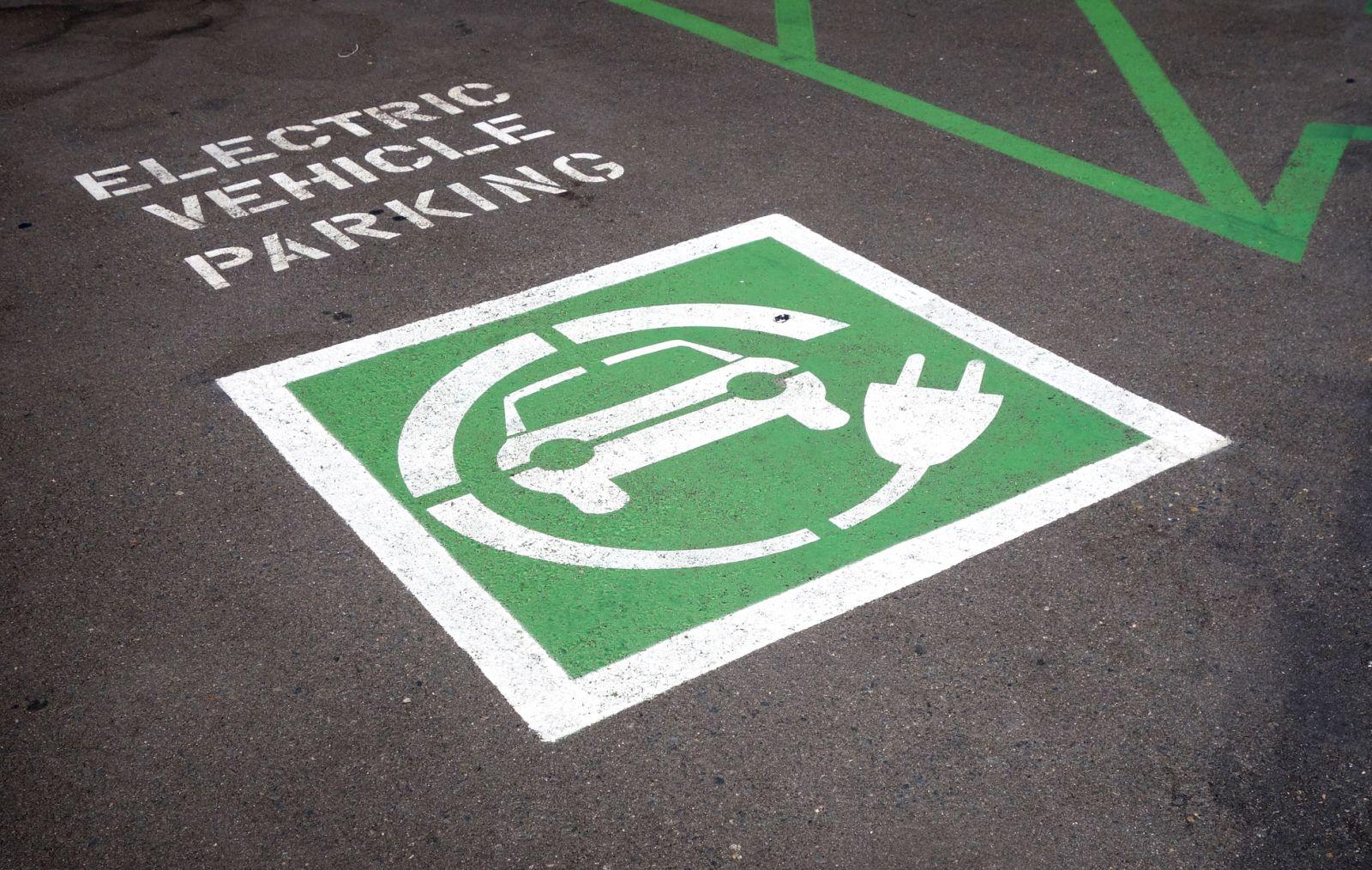 Top-10 bestverkochte elektrische auto's in Nederland ...